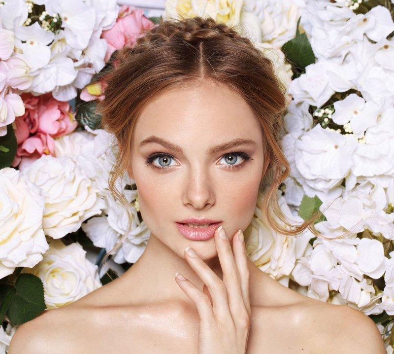 5 идей новогоднего макияжа для голубых глаз
