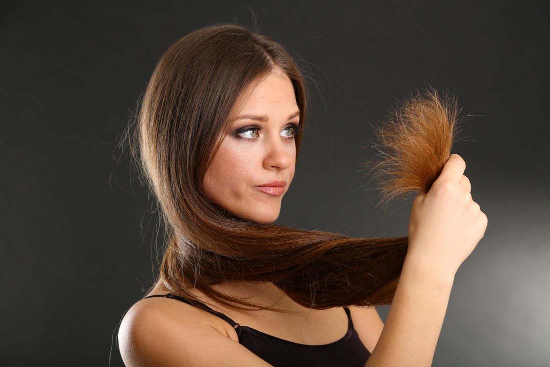 Почему зимой волосы электризуются и как от этого избавиться