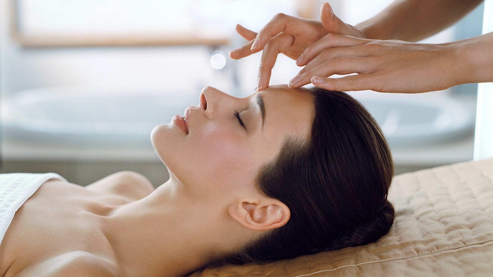 15-минутный массаж лица, который преобразит лицо уже через 2 недели