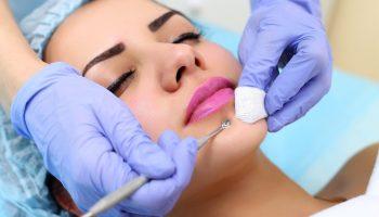 5 косметических процедур, которые стоит сделать перед наступлением лета