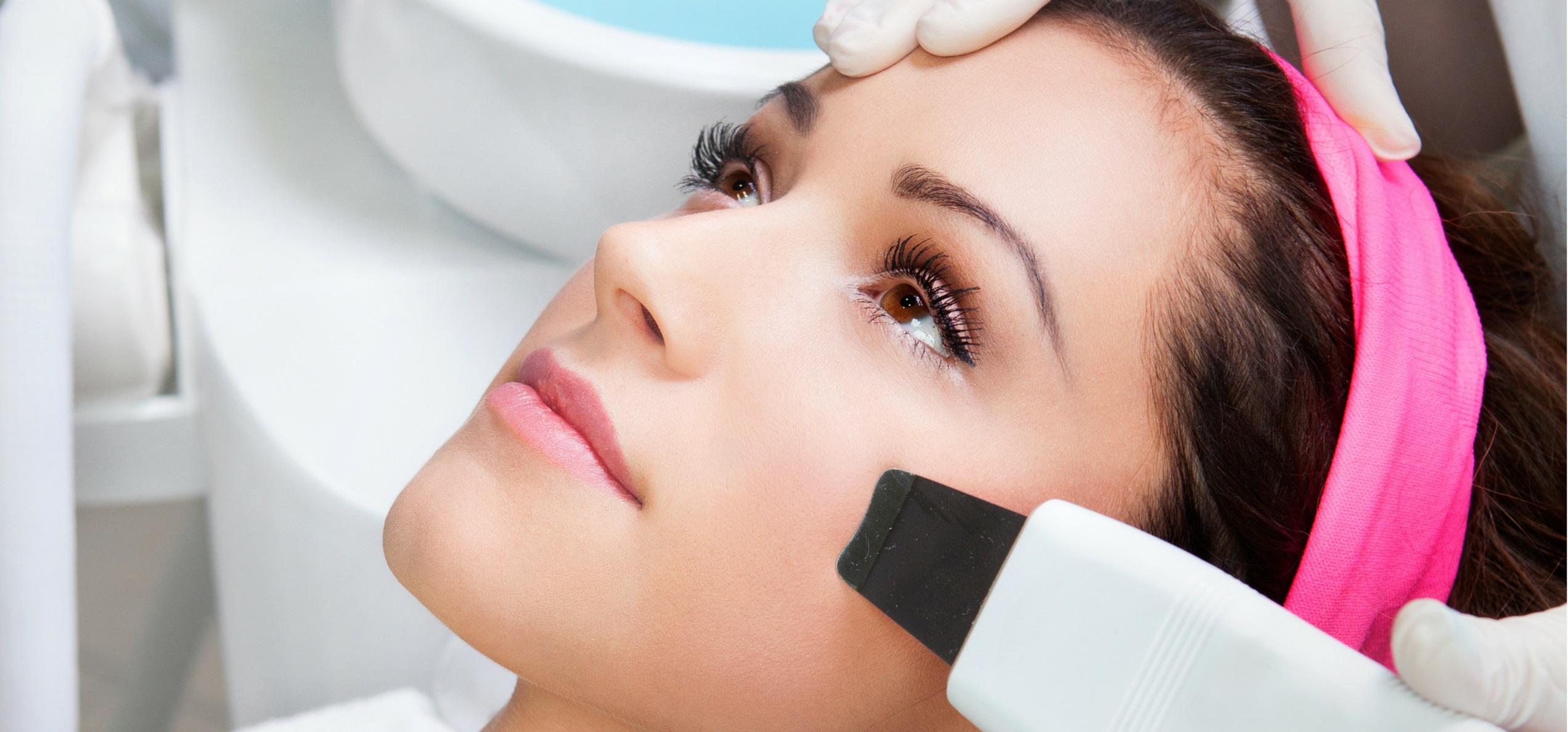 5 косметологических процедур, которые нужно успеть сделать до наступления весны
