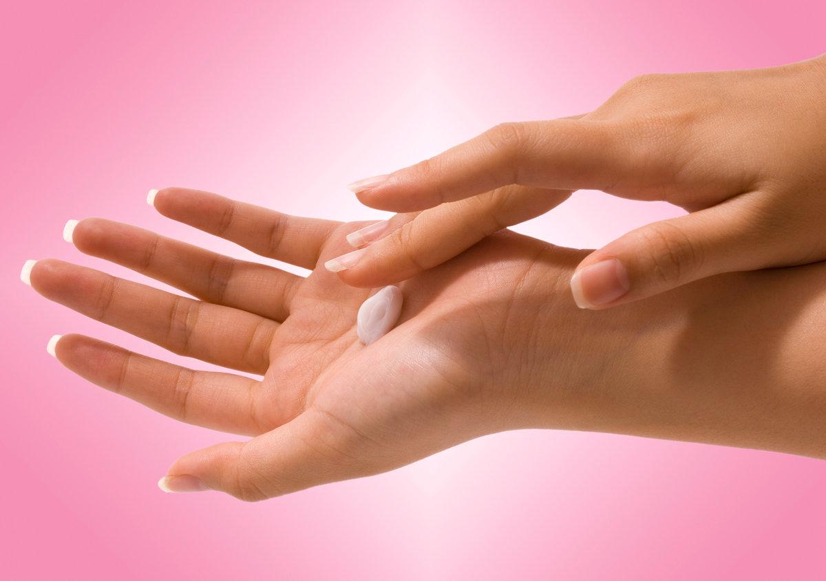 Как самостоятельно делать маникюр, чтобы руки выглядели ухожено