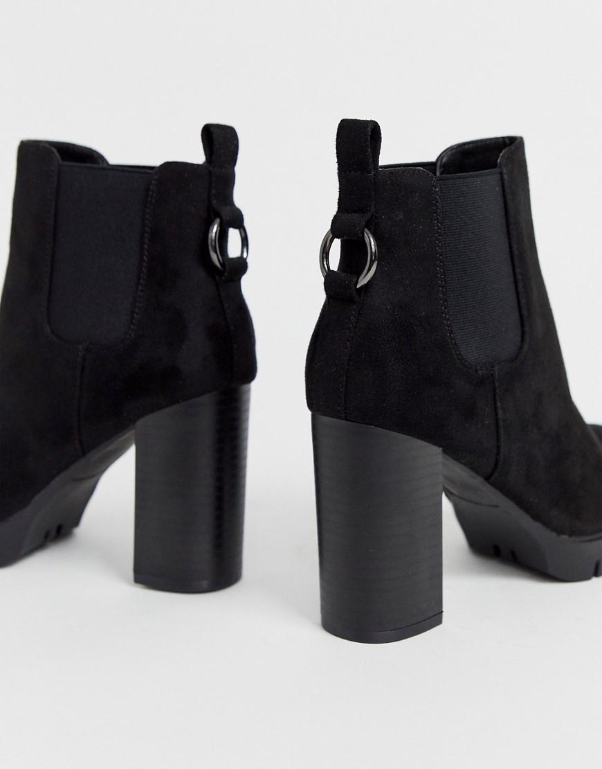 Как правильно выбрать обувь для полных ног