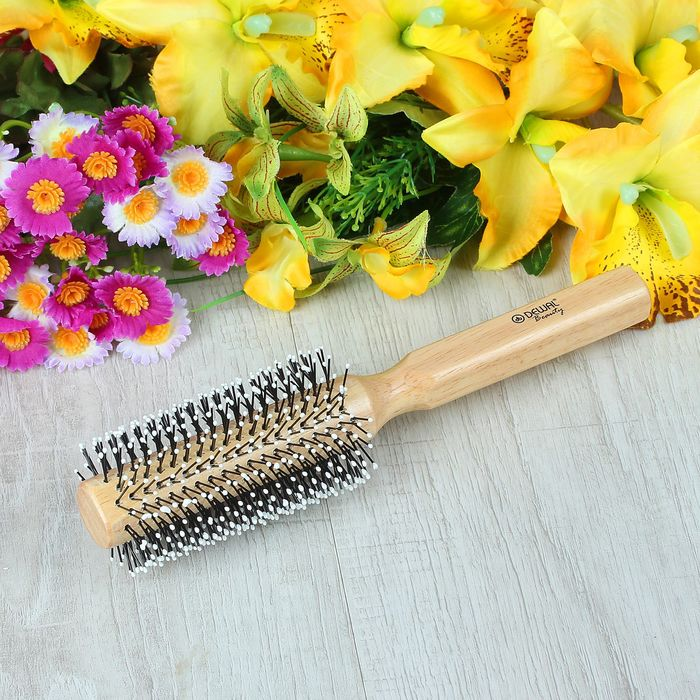 3 вида расчёсок для укладки волос