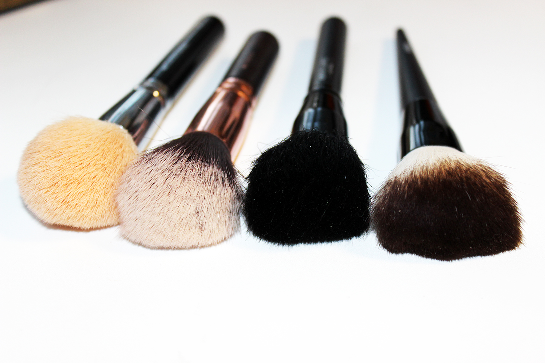 Какие кисти необходимы для макияжа. Полный список