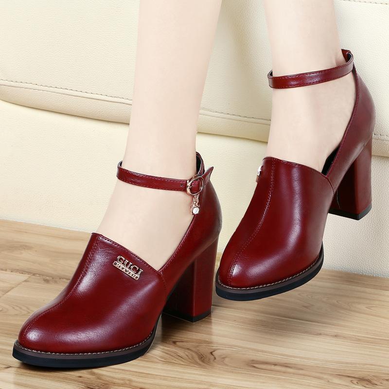5 основных ошибок в выборе обуви для женщины после 50 лет
