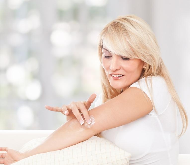 5 домашних масок, которые помогут разгладить кожу на локтях