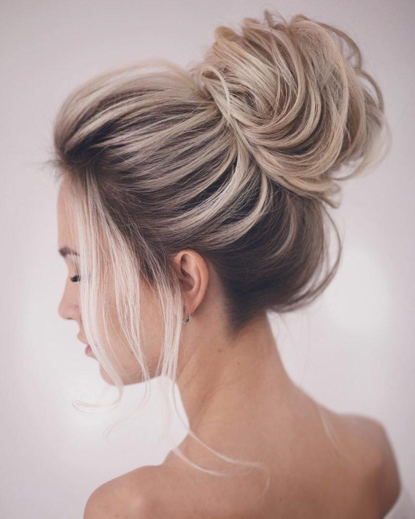 5 причёсок со шпильками, которые можно сделать за 10 минут