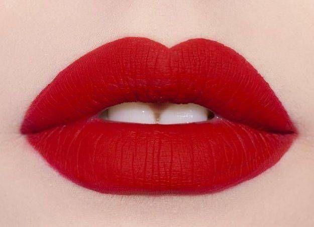 Как выбрать гармоничный цвет помады красного оттенка