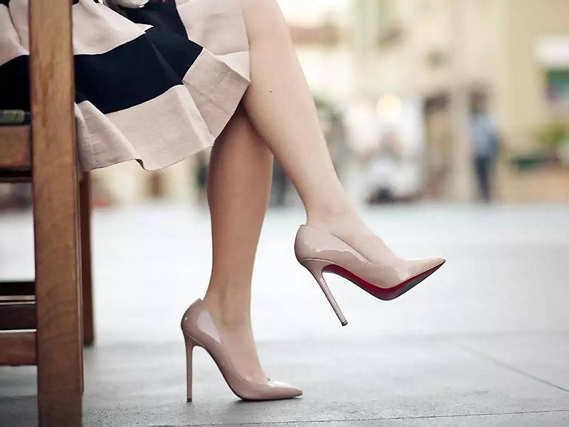 И в офис, и на прогулку: как подобрать универсальную обувь на все случаи жизни