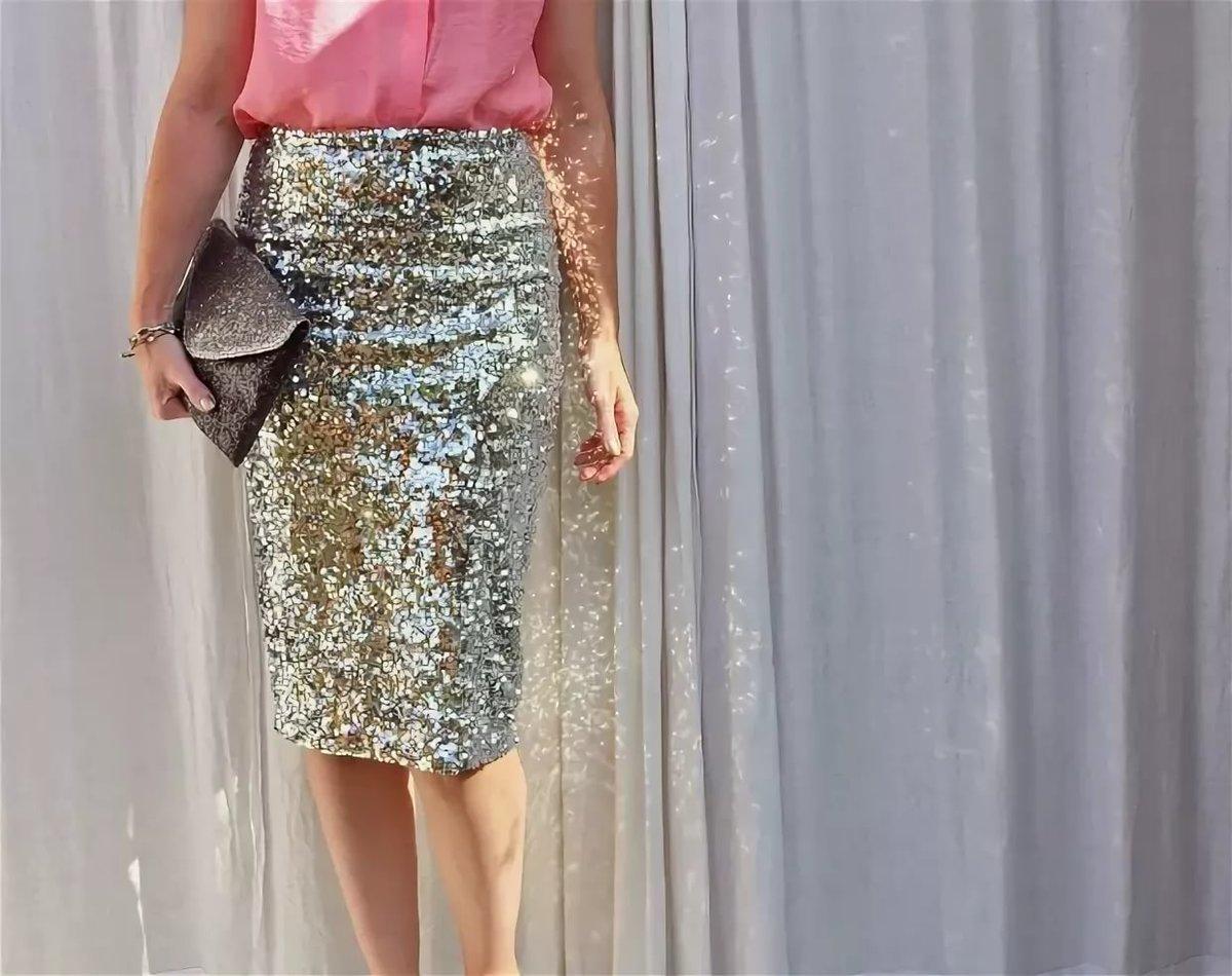 Одежда с пайетками. 11 стильных примеров, с чем их носить в этом сезоне