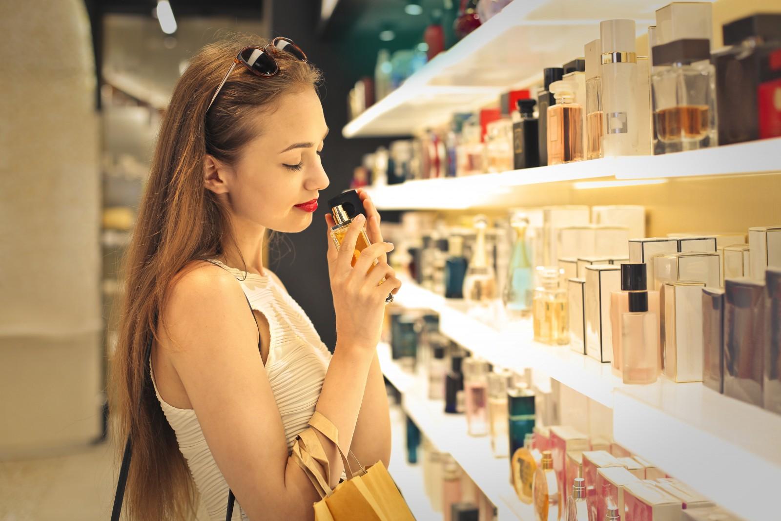 Как выбирать косметику, чтобы не испортить кожу лица