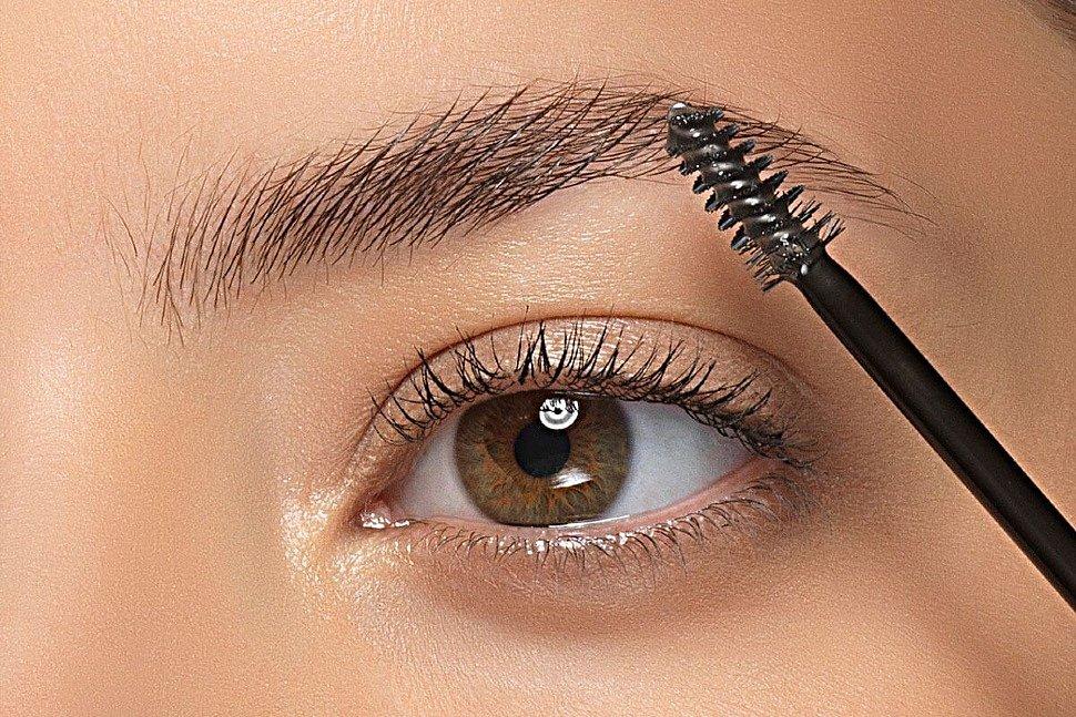 Как использовать блеск губ в макияже, кроме прямого назначения