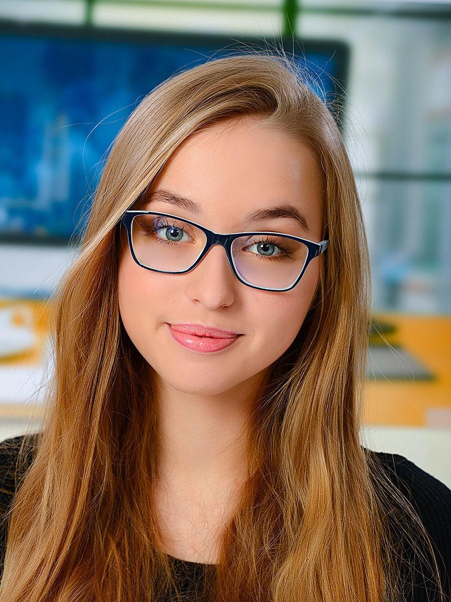 Как выбрать очки для работы за компьютером, которые не стыдно надеть в офисе