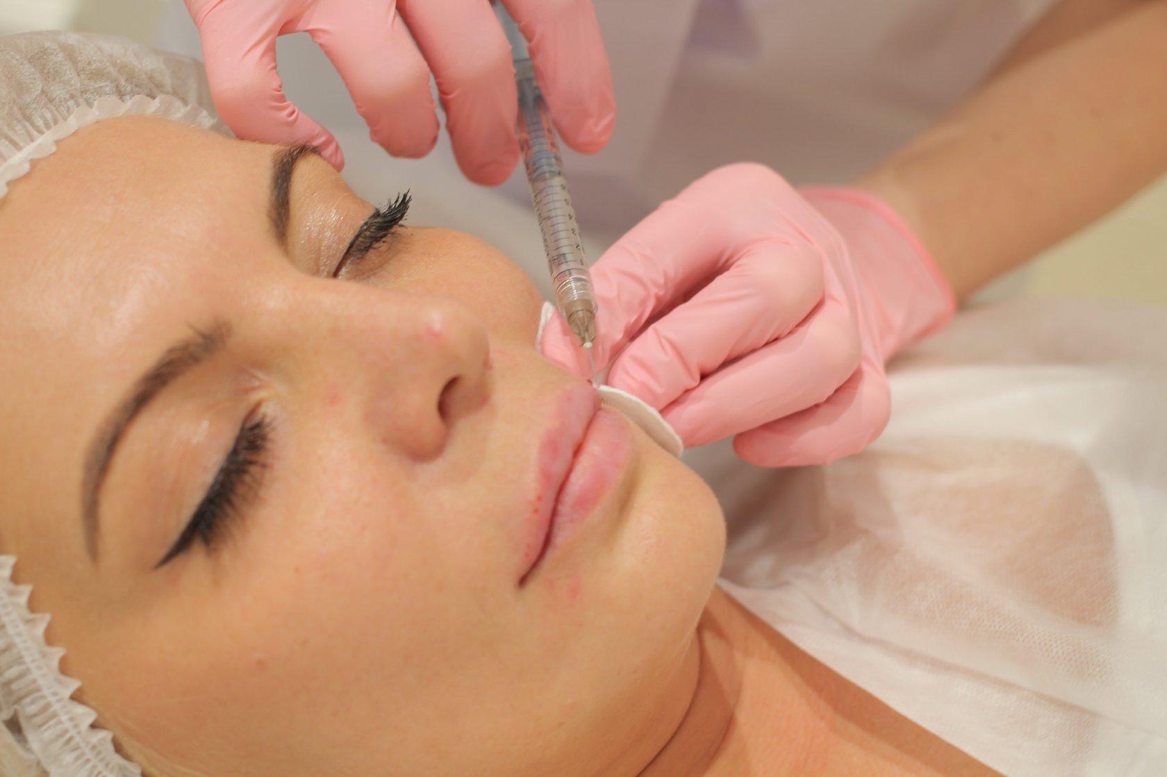 5 косметических процедур, которые стоит сделать этой осенью