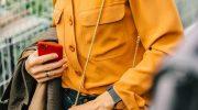 7 оттенков одежды, которые зрительно освежают и омолодят