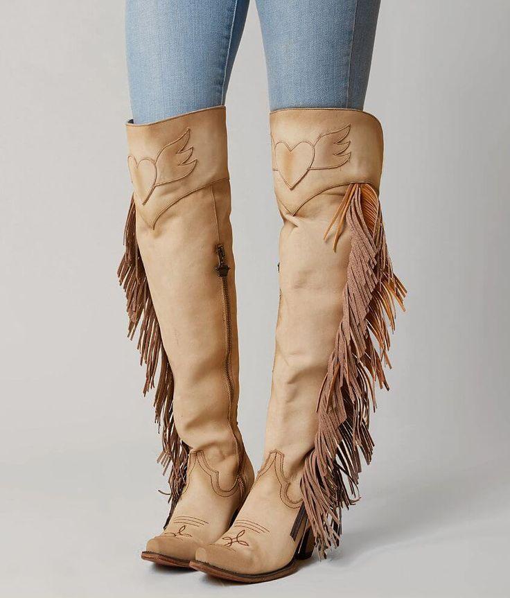 С чем и какую обувь стоит носить этой осенью, чтобы выглядеть со вкусом