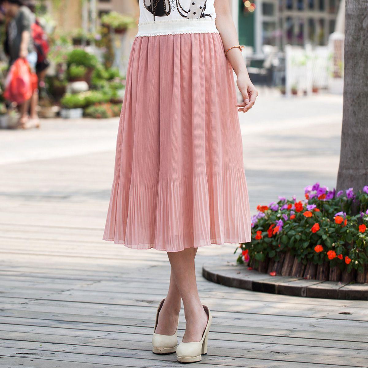 7 стильных способов носить плиссированную юбку этой осенью