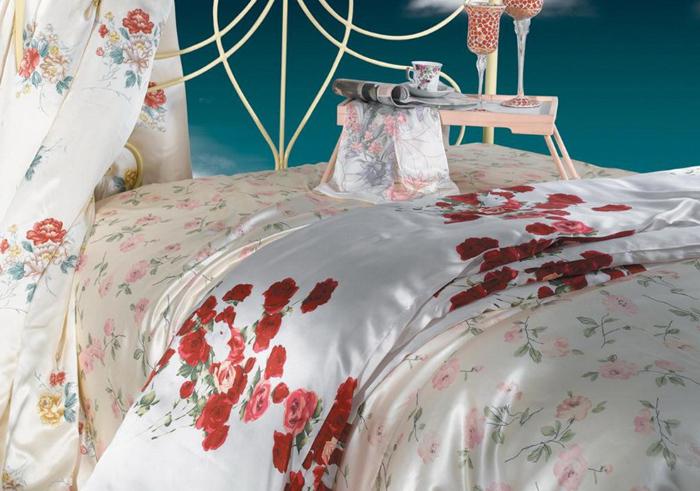 Как шёлковое постельное бельё поможет сохранить молодость
