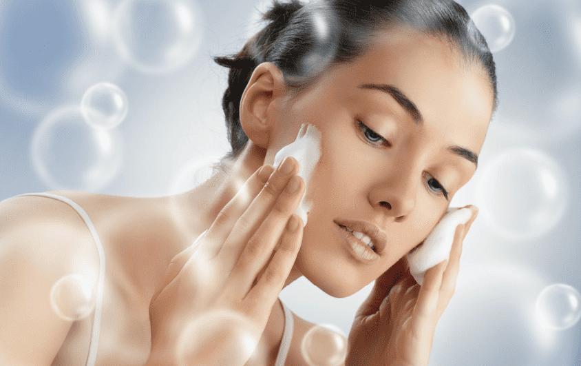 Как избежать чувства сухости и стянутости кожи после демакияжа