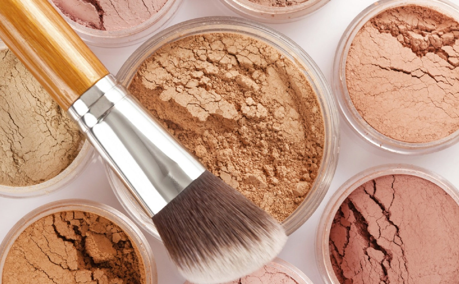 5 секретов антивозрастного макияжа