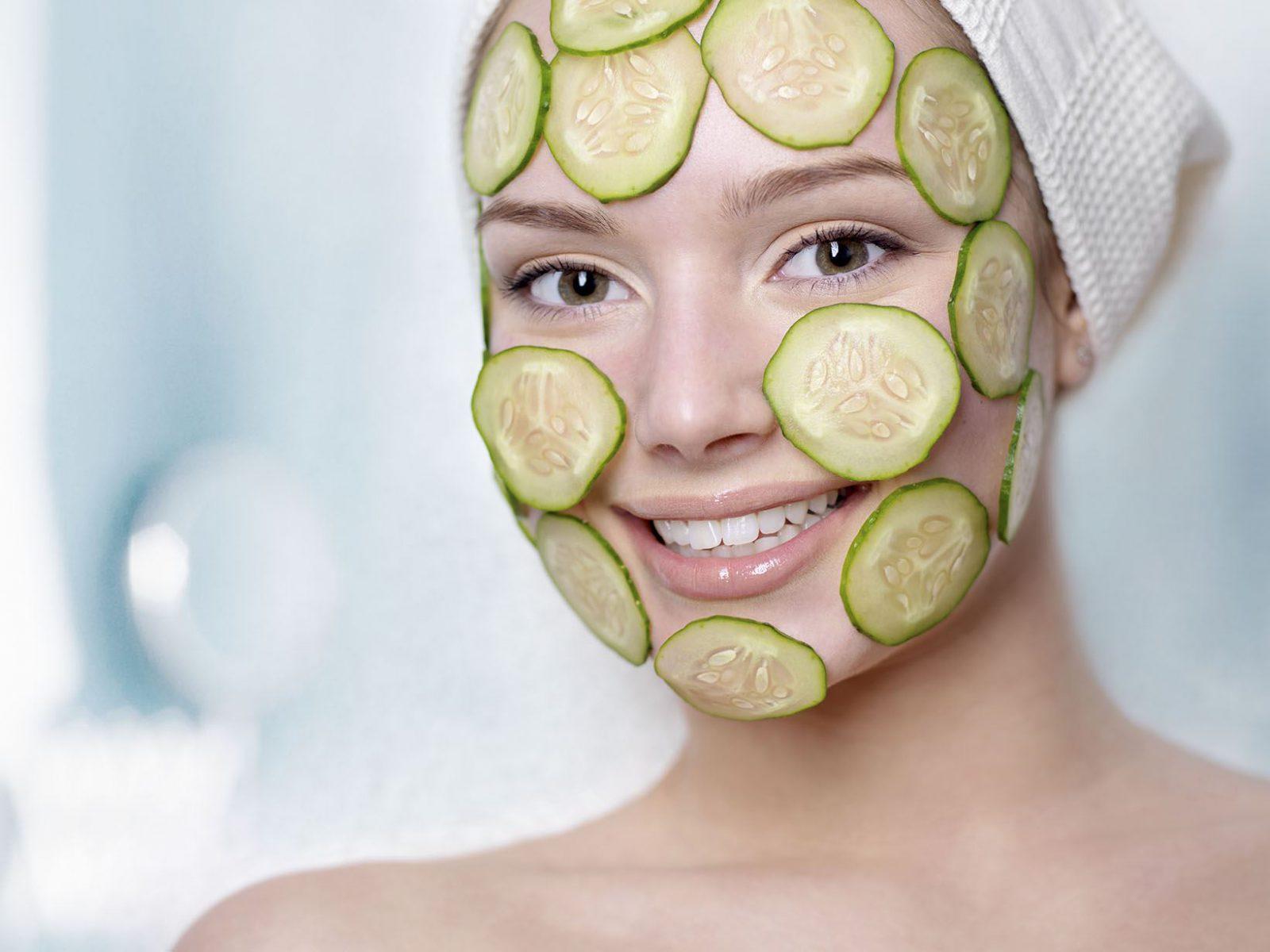 5 омолаживающих масок, ингредиенты для которых можно найти в холодильнике