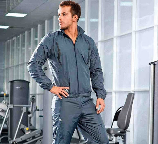 Важные правила выбора мужского спортивного костюма