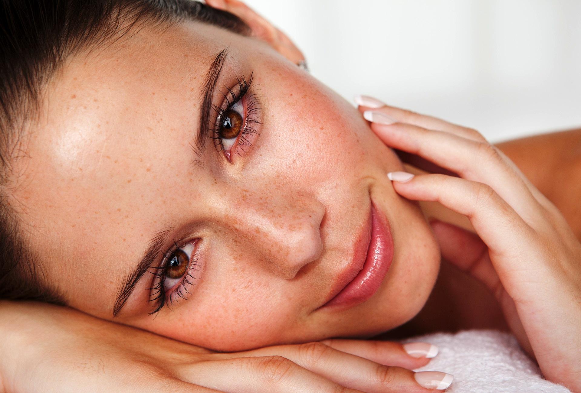 Что такое синдром переухоженной кожи и кому он грозит